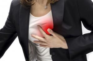 Боль в груди - первый признак стенокардии