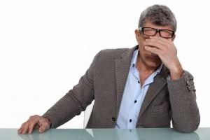 Головная боль-один из симптомов заболевания